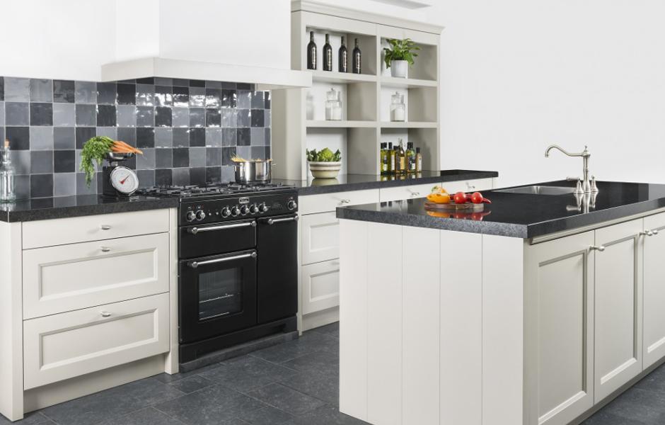 Altijd een keuken die bij past van de breevaart keukens sanitair - Optimaliseren van een kleine keuken ...
