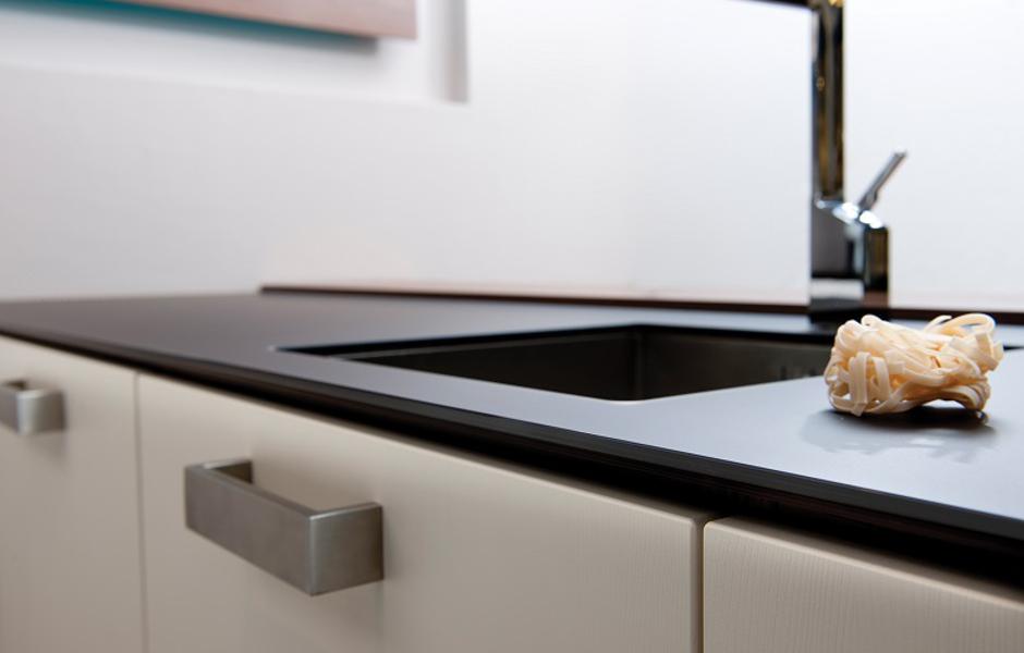 Keukenwerkbladen van de breevaart keukens sanitair - Keuken glas werkplaats ...